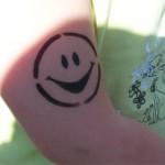 Lachen bei Sonnenschein in Lebus