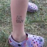 Katze als Airbrush am Bein