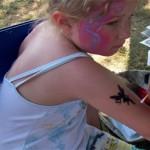 Spass Tattoos und Kinderschminken