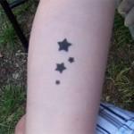 Sterne auf der Wade