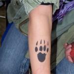 Tierpfote als Airbrush Tattoo