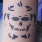 Totenkopf Airbrush Tattoo