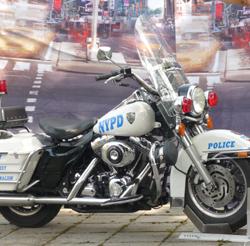 NYC Polizeimotorrad beim Dorf- u. Schützenfest in Bestensee