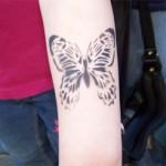 Kinder Airbrush Schmetterling Tattoo