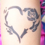 Airbrush Herz-Blume