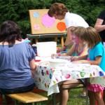 Kinderschminken beim Parkfest in Zabeltitz